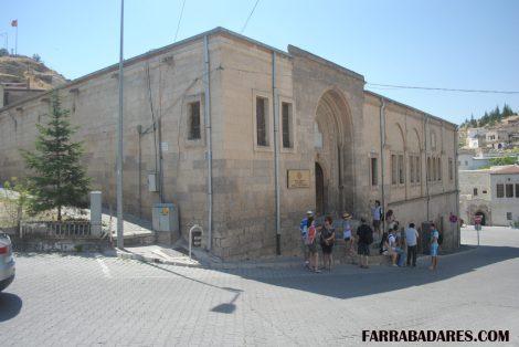 Mustafapasa - universidade