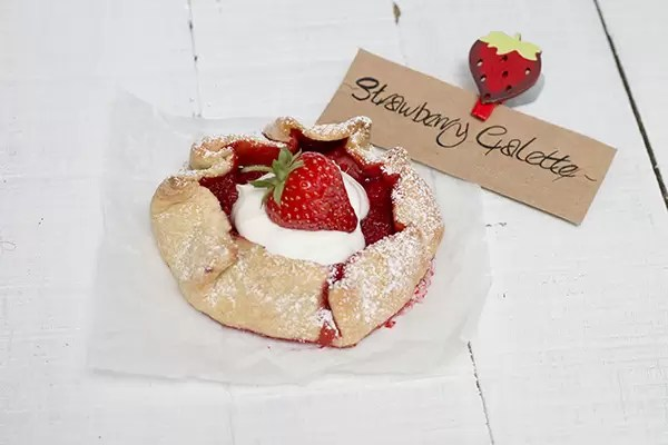 pastry without butter strawberry