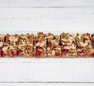 White Chocolate Granola Bars Thumbnail