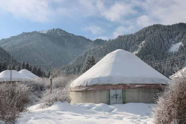 A yurt at the base of the Urumqi NanShan in winter