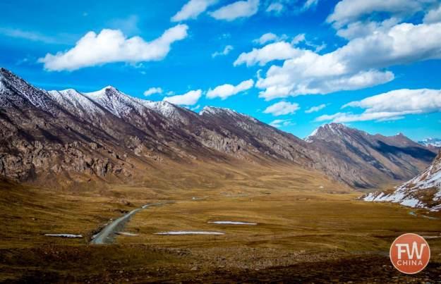 The Xinjiang Tianshan and highway 216 in China