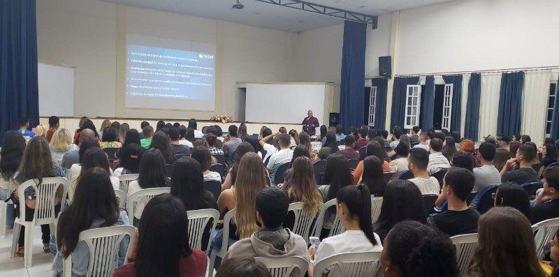 A Recepção Pedagógica dos Calouros foi realizada no Auditório da FASAR