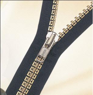 https://i0.wp.com/www.fashion-incubator.com/wp-content/uploads/2008/10/antique_zipper.jpg