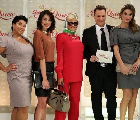 Promi Shopping Queen mit Iris Klein, Ira Meindl, Sophia Wollersheim und Claudelle Deckert