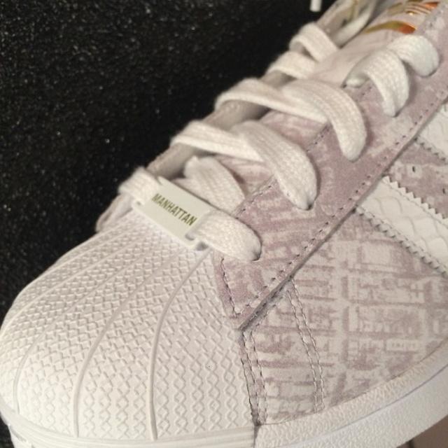 ItmustbeFebruary_footLocker_sneaker_Adidas_superstar_017
