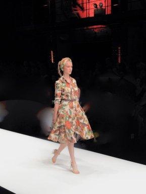 Lena_hoschek_sommer_kleid_designer_TuttiFrutti_011