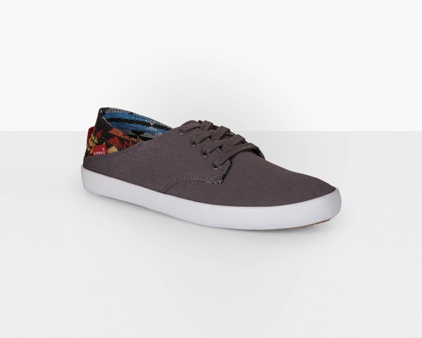 Levis shoes in wholesale  Fashion STOCK wholesale