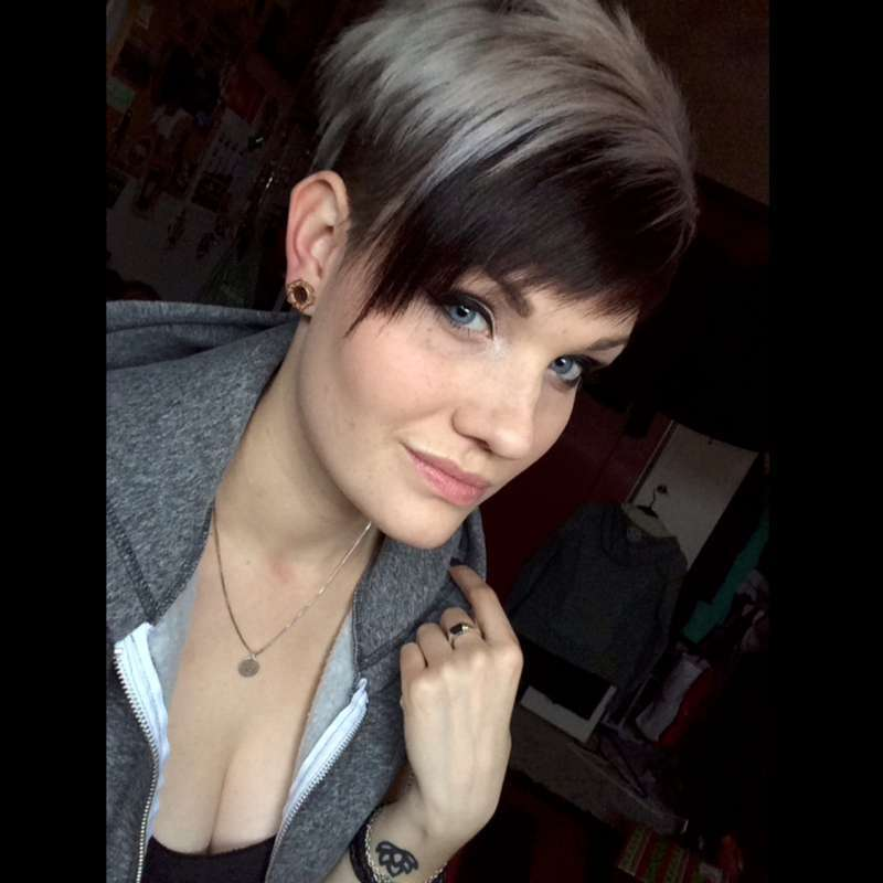 Short Hairstyles - 24