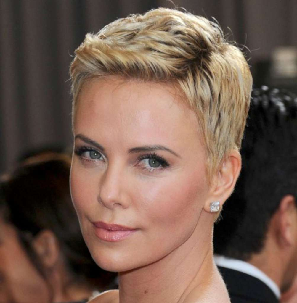 Short Haircuts For Women - 1