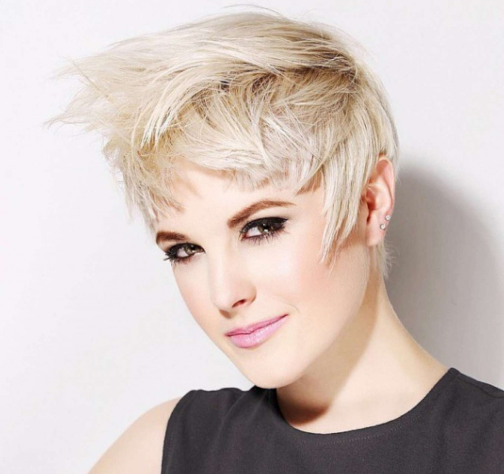 Short Hairstyles For Women - 4