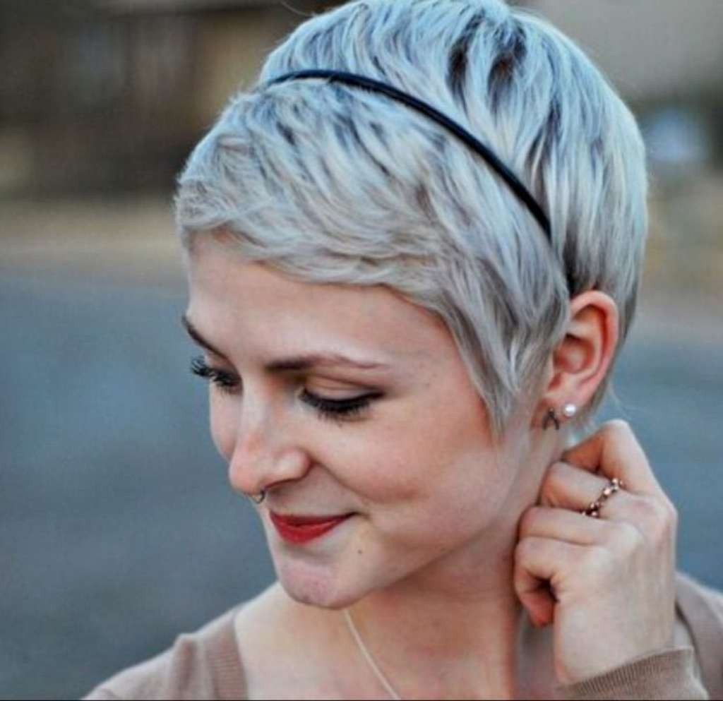 Short Hairstyles For Thin Hair - 4