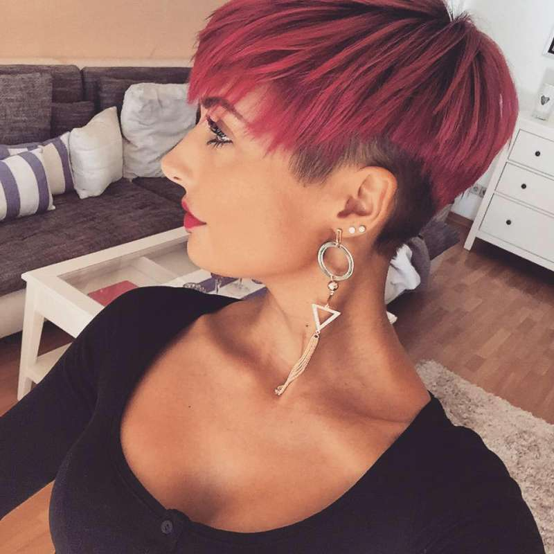Short Haircuts With Pink Color 2016 - 4