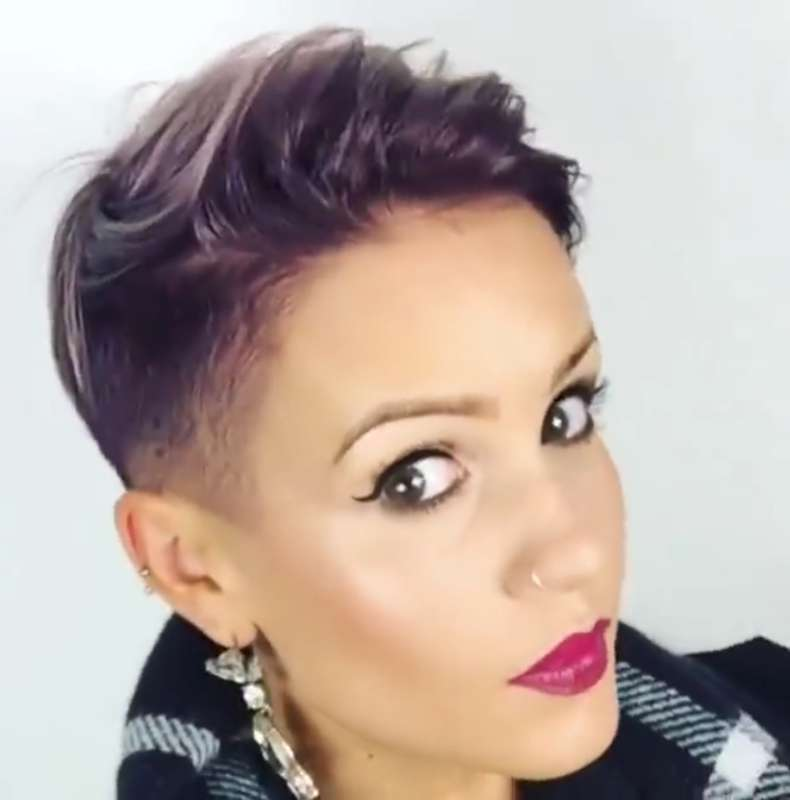 Short Hairstyles For Thick Hair Video - 3