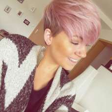 Short Pink Hairstyles 2017 - 1