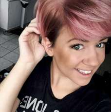 Short Pink Hairstyles 2017 - 3