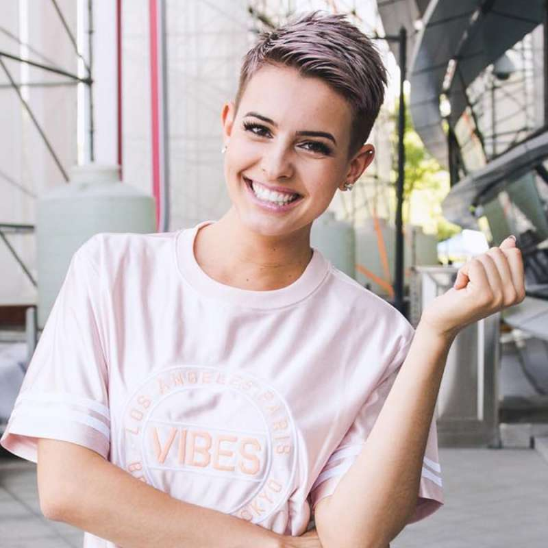Lisa Cimorelli Short Hairstyles - 2
