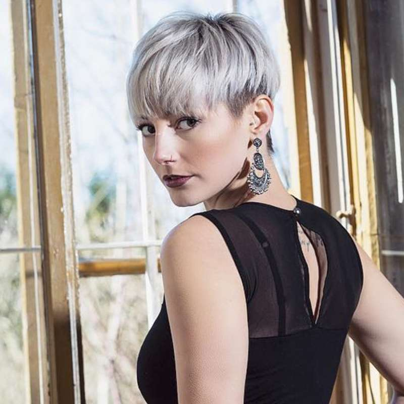 Mari Stru Short Hairstyles - 9
