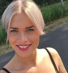 Mandy Kay Bart Short Hairstyles - 4
