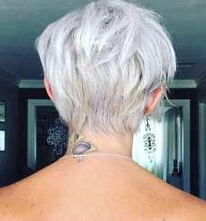 Raya Coleman Short Hairstyles - 3