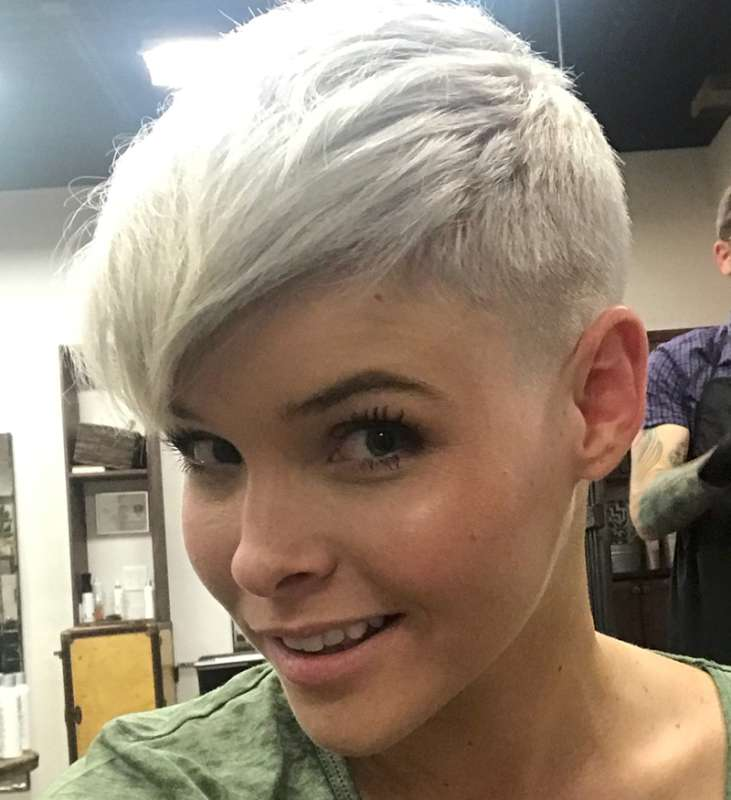 Christina Perez Short Hairstyles - 3