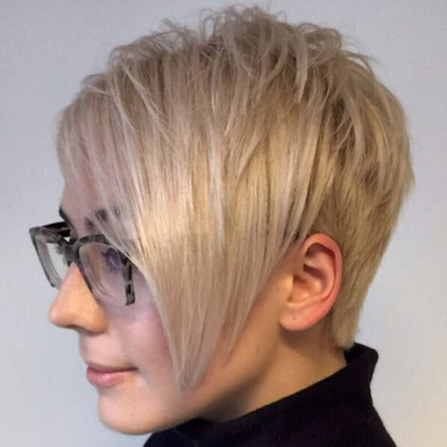 Angelica Short Hairstyles - 5