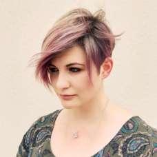Danitza Ladwig Short Hairstyles - 4