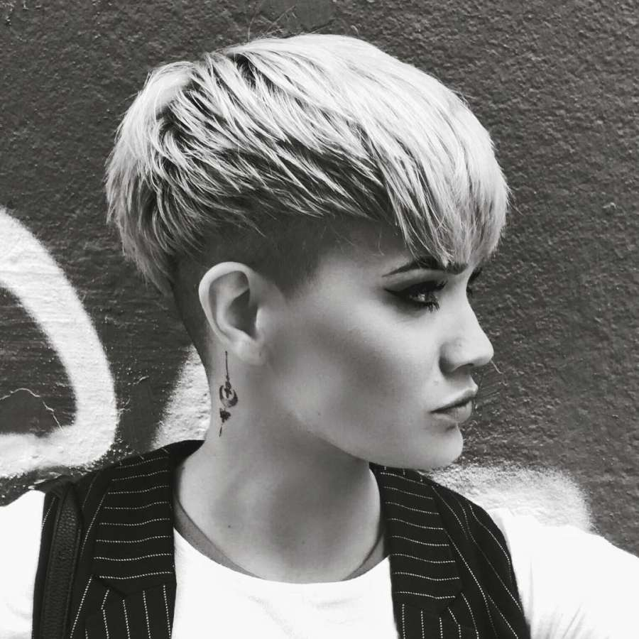 Sandra Short Hairstyles - 1