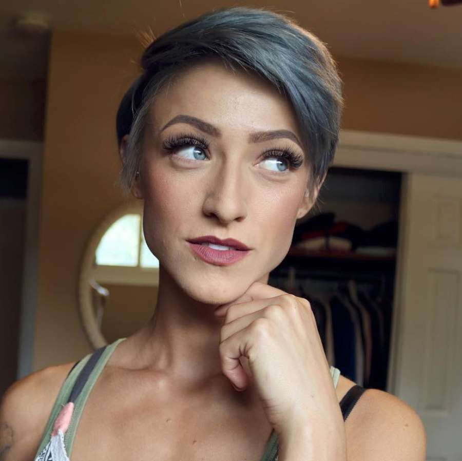 Olivia Hodges Short Hairstyles - 7