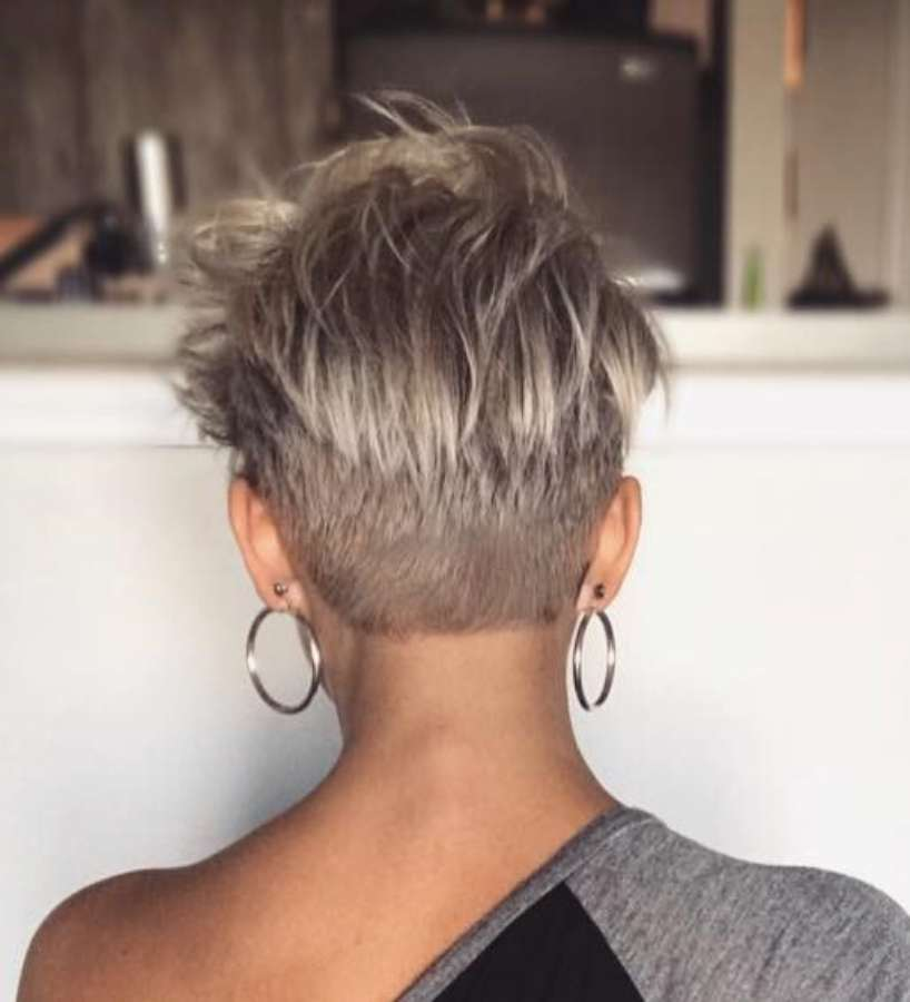Autumn Hartt Short Hairstyles - 1