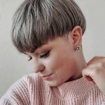 Laura Ganter Short Hairstyles - 9