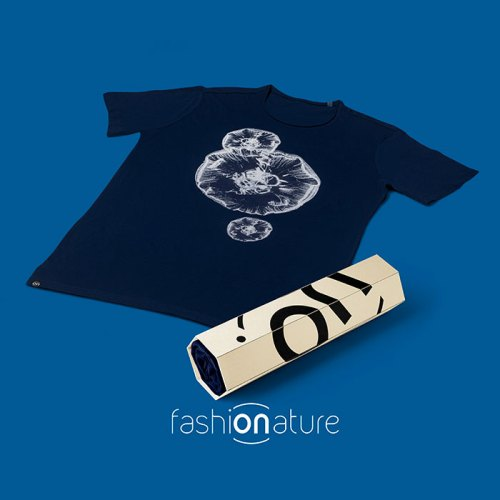 Aurelia aurita T-Shirt - la maglietta con la medusa quadrifoglio