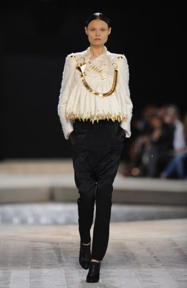 Givenchy fall haute couture 2010 10 7