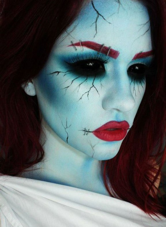 15-Scary-Halloween-Zombie-Eye-Make-Up-Looks-Ideas-For-Girls-2014-7