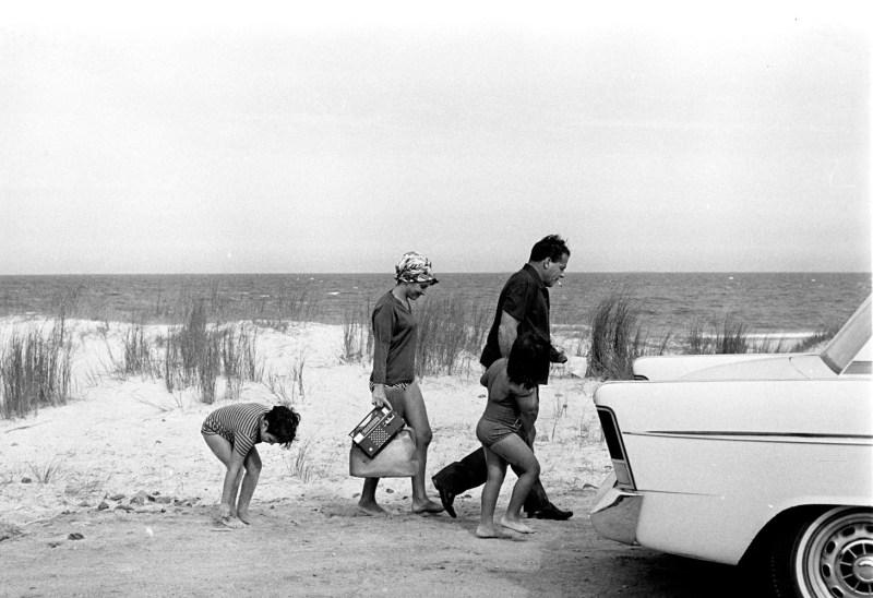 João Goulart no exílio no Uruguai com a esposa Maria Thereza e os filhos, em 1964.