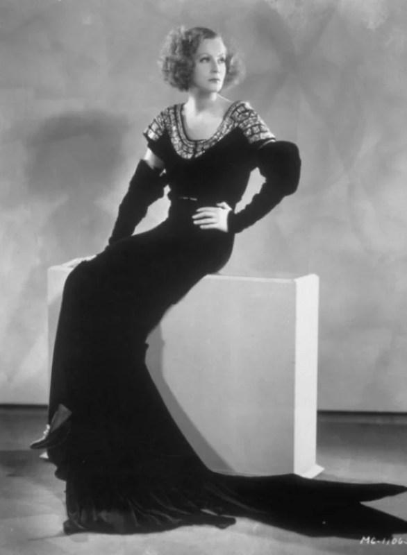Greta Garbo com um vestido de Madeleine Vionnet.