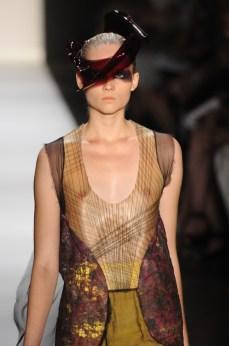 Fernanda Yamamoto spfw inv 2011 (53) detalhe