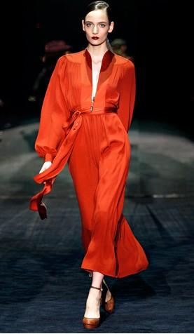 Gucci vestido vermelho manga longa fall 2011