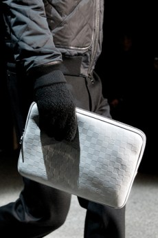 fashionb louis vuitton men bags fall 2011 (10)