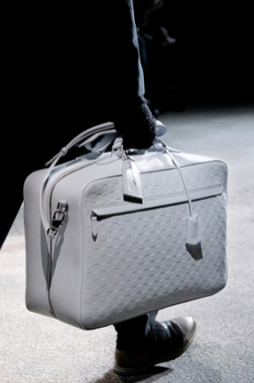 fashionb louis vuitton men bags fall 2011 (17)
