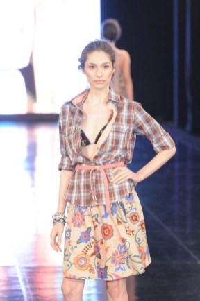 Dona Florinda Dragao 2011 (3)