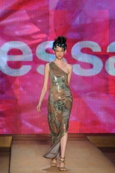 Minas Trend Preview Verão 2012 - Alessa (1)