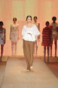 Minas Trend Preview Verão 2012 - Aurea Prates (1)