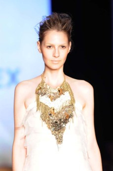 Minas Trend Preview Verão 2012 - Claudia Arbex (5)