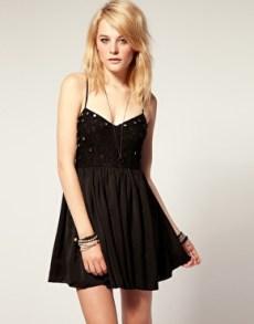 vestidos curtos pretos 48