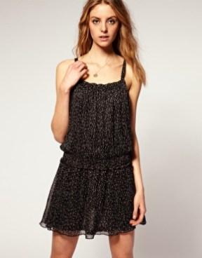 vestidos curtos pretos 54
