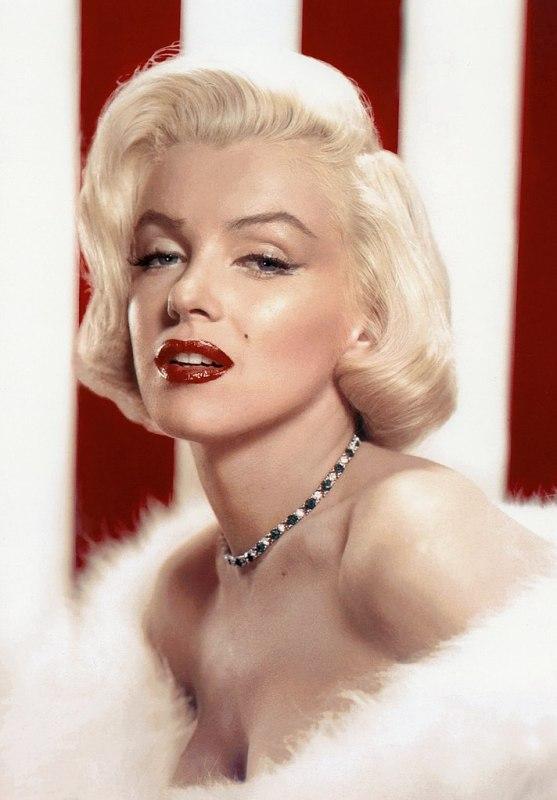 Marilyn Monroe em estilo pin-up em 1953.