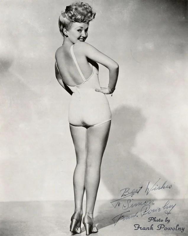 Retrato de Betty Grable de 1945 em estilo pin-up.