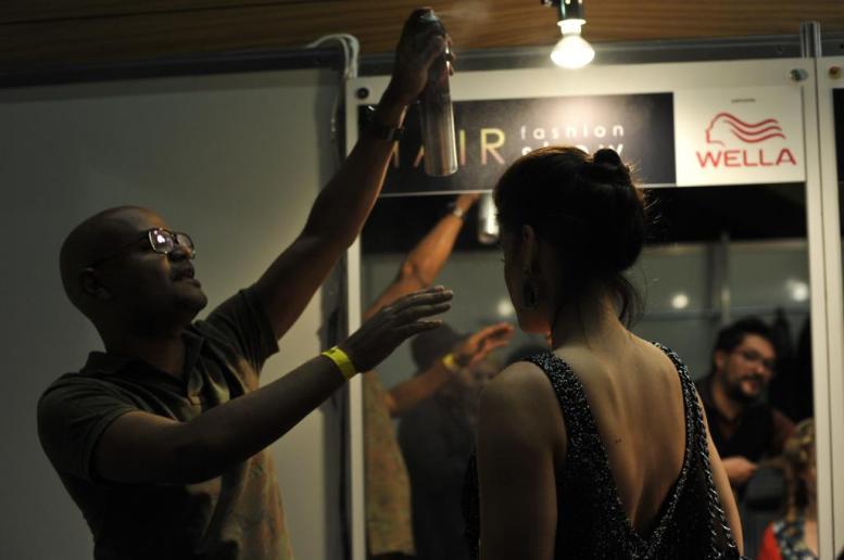 hair fashion show 2011 ale de souza backstage (4)