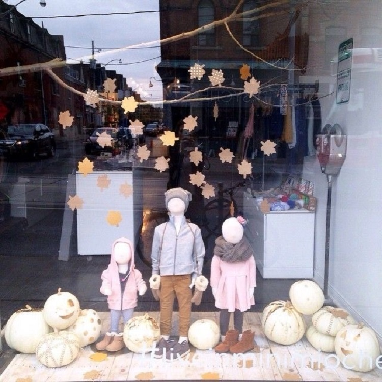 Vitrine simples infantil para o Halloween