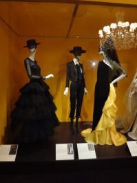 Glory of Spanish Dress (27)